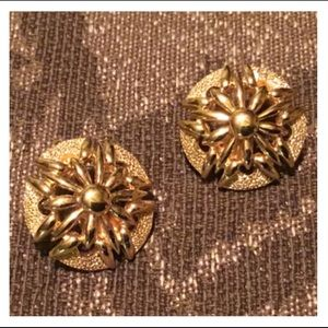 Vintage MONET Gold Clip Style Earrings